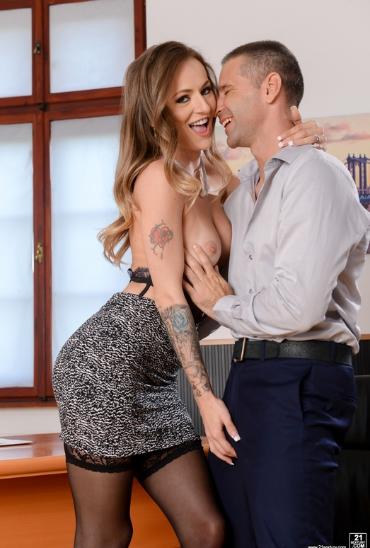 Natasha Starr - He Walked In - 21Sextury