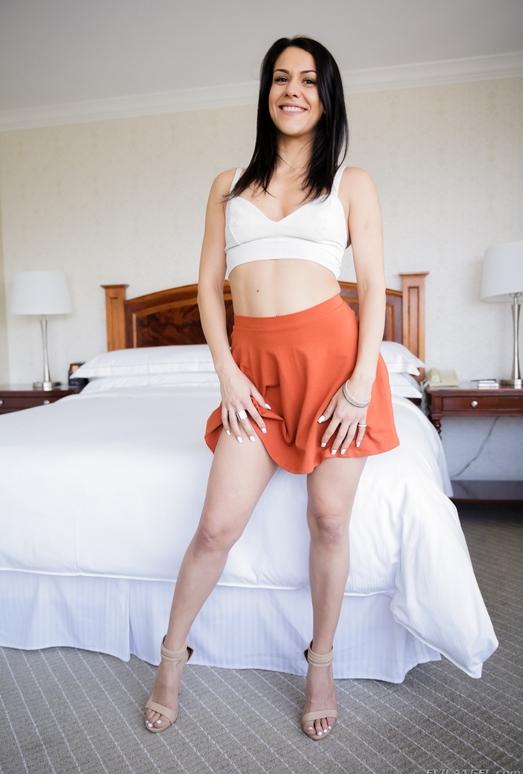 Samia Duarte - Raw Footage