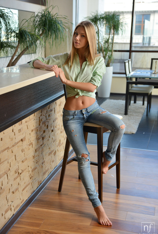Ebbi - Tempted To Touch - Nubile Films