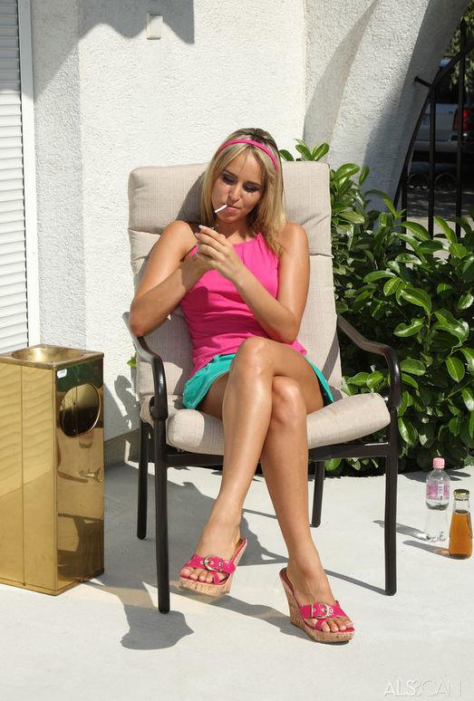 Alexa Diamond - Smoking Lounge - ALS Scan