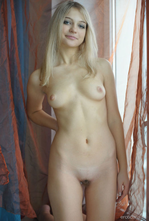 Presenting Natja 2 - Erotic Beauty