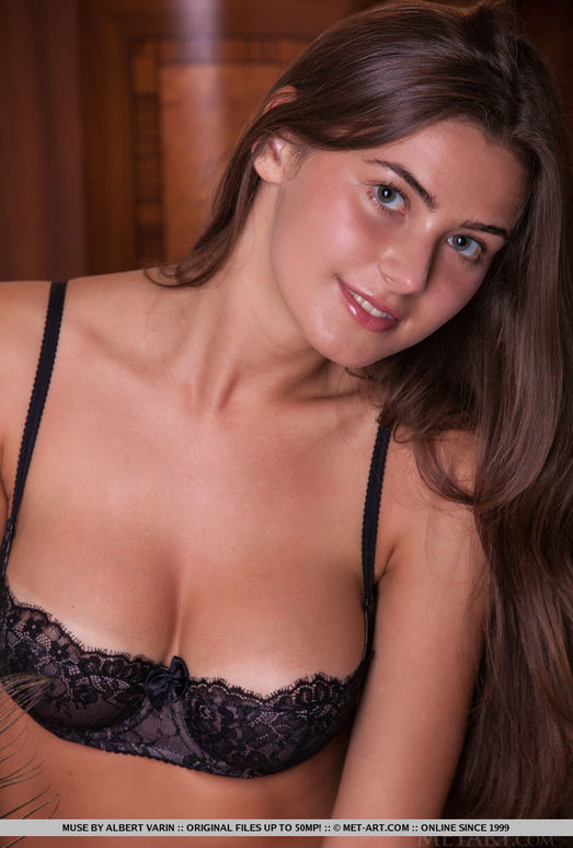 Muse - Jesnah - MetArt