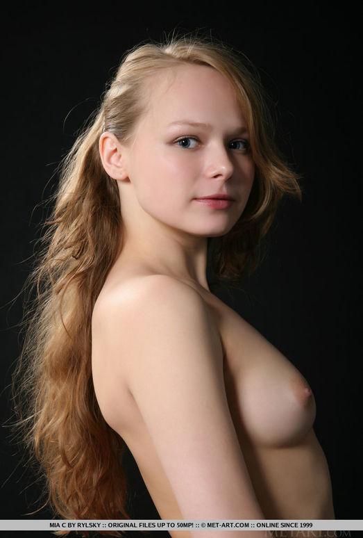 Mia C - Alberin - MetArt