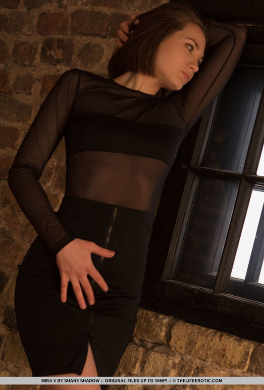 Mira V - Aurora - The Life Erotic