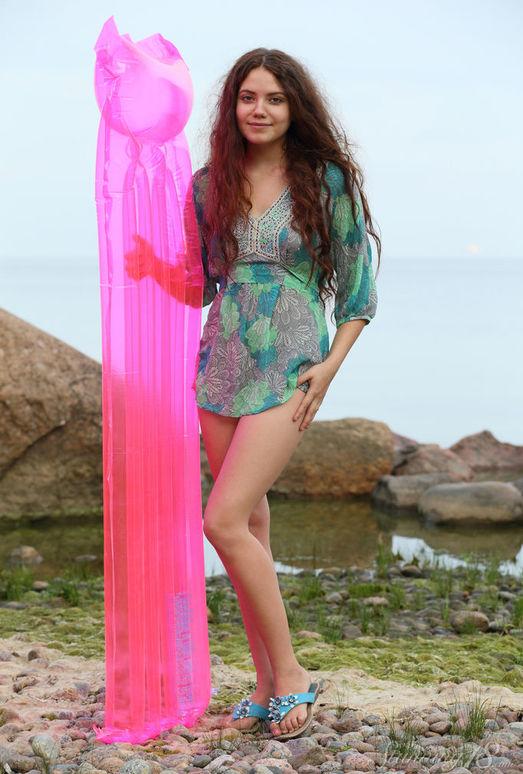 Norma A - Pink Mattress - Stunning 18