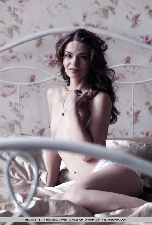 Nedda - Sensual - The Life Erotic