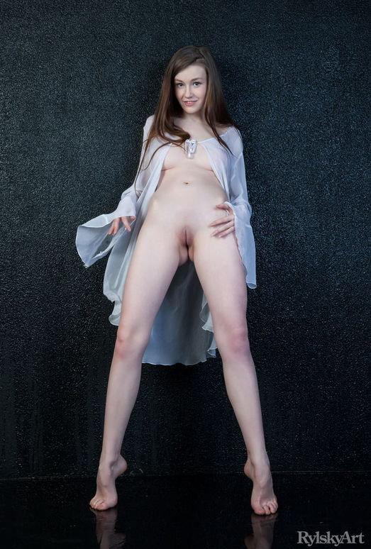 Emily Bloom - Lakkisa - Rylsky Art