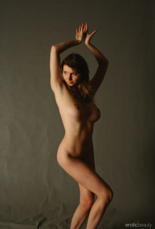 Maria D - The Canvas 2 - Erotic Beauty