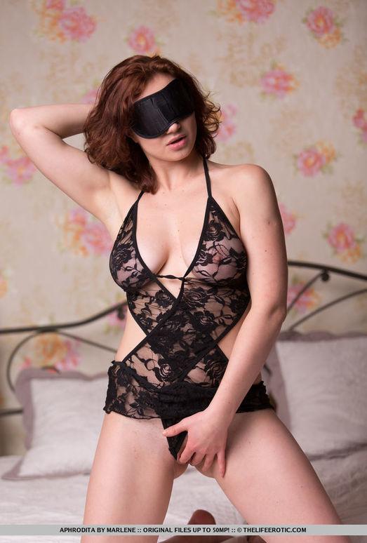 Aphrodita - Charming - The Life Erotic