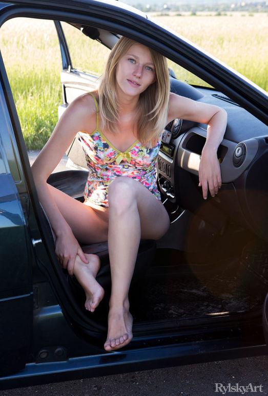 Mila - Das Auto - Rylsky Art