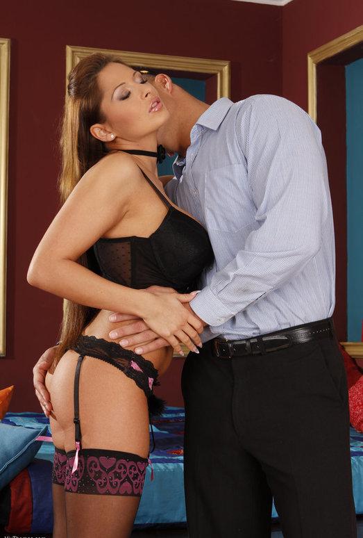 Allison Star & Zack - Viv Thomas