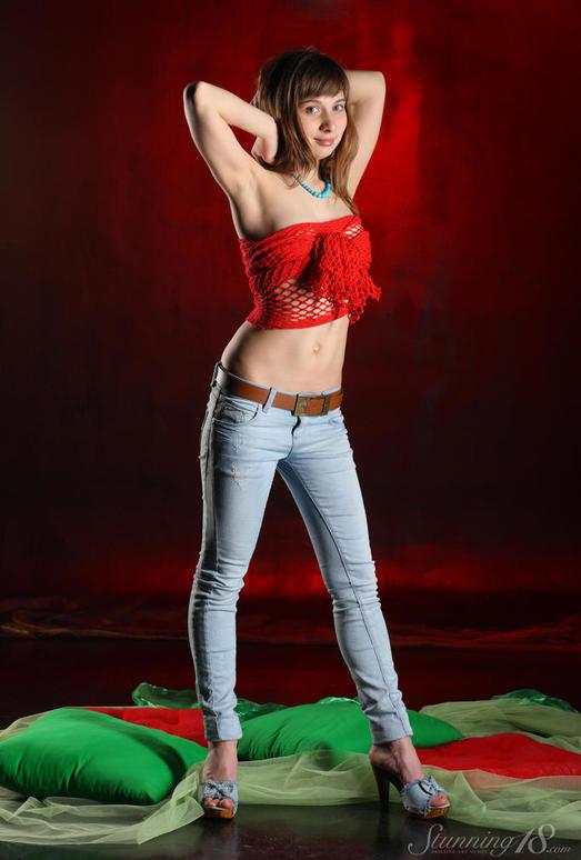 Jenny D - Scarf - Stunning 18