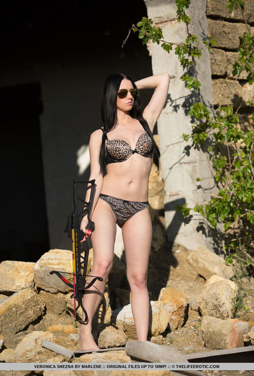 Veronica Snezna - Temptress - The Life Erotic