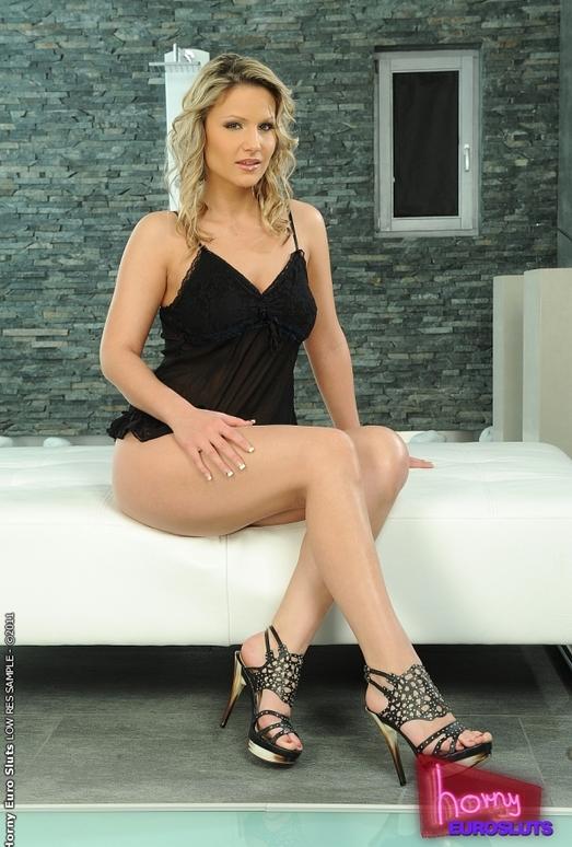 Samantha Jolie - Horny Euro Sluts