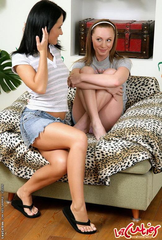 Horny Lesbians Marielou & Marisol - Lez Cuties
