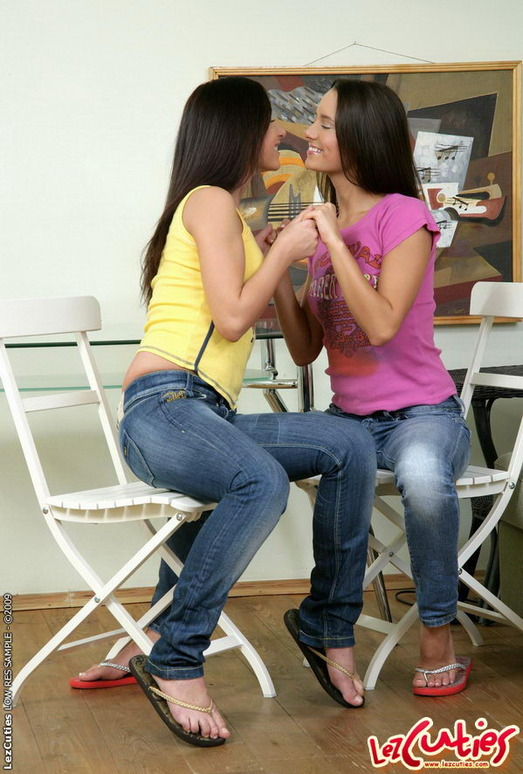 Lesbian Sex with Amber & Tasha - Lez Cuties