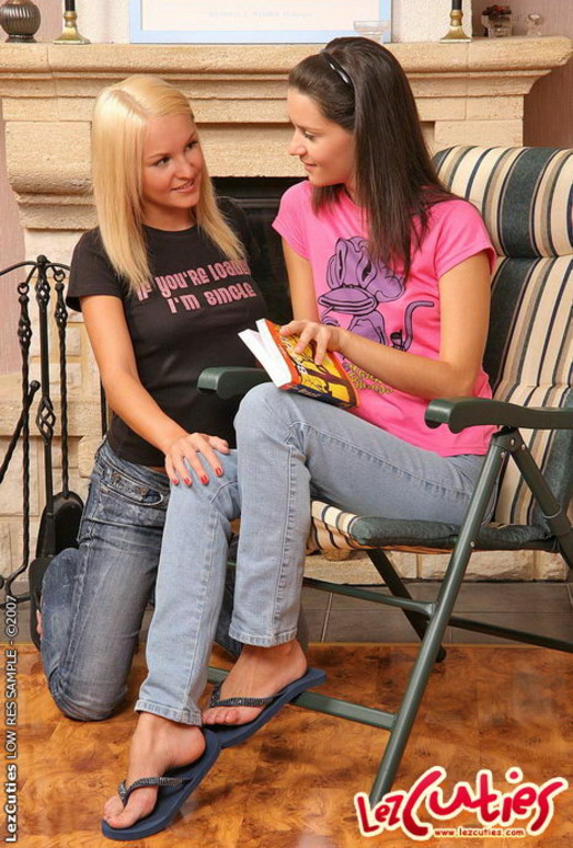 Lana & Pandora Hardcore Lesbians - Lez Cuties