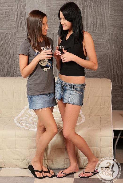 Ashley,Milla Yul - 21 Sextury