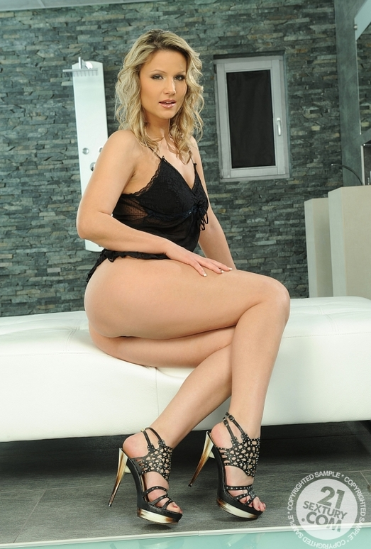 Samantha Jolie - 21 Sextury