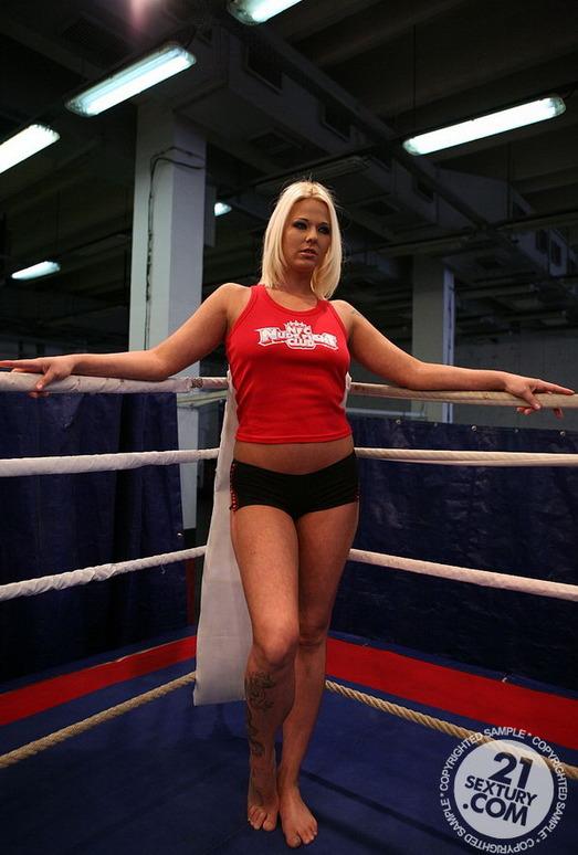 Simony Diamond, Karina Shay