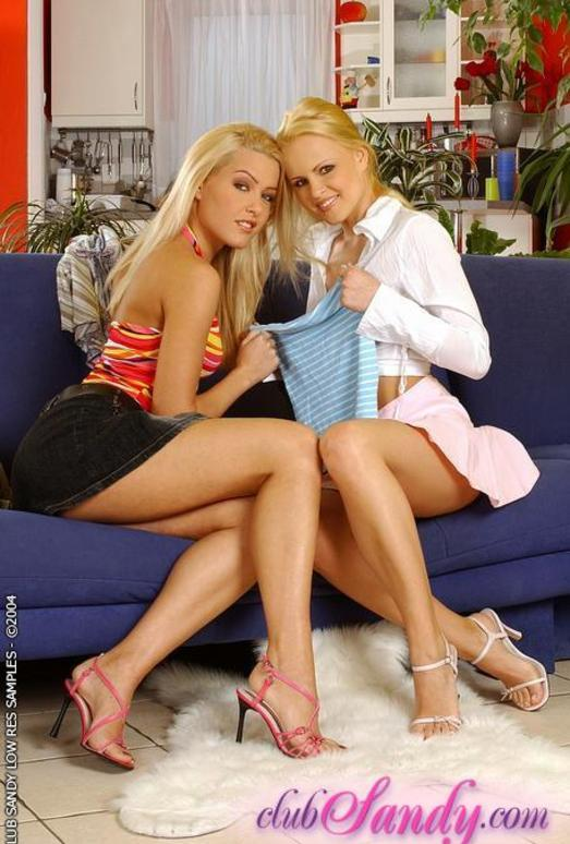 Lesbian pornstars Brandy Smile and Sophie Moone licking pussy № 68161 без смс
