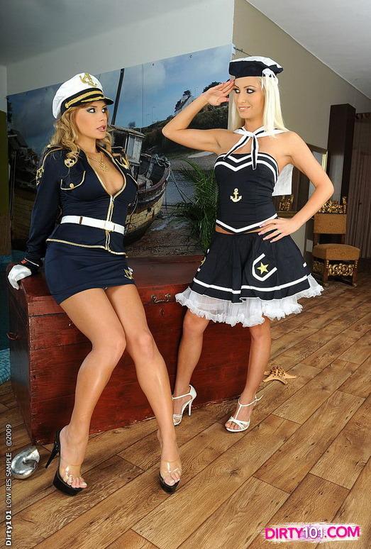 Dirty Lesbians Dorothy Black & Adelle