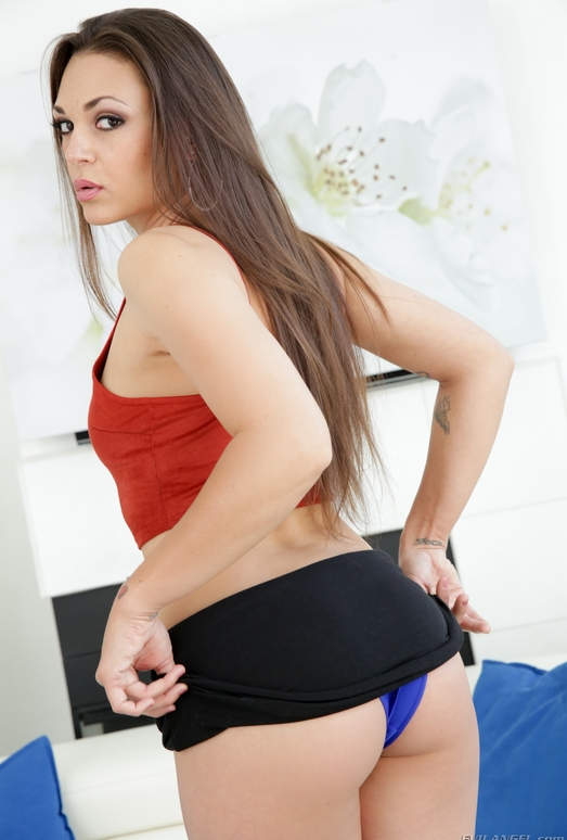 Olivia Wilder - Big-Assed Olivia Fucks A Panty Perv