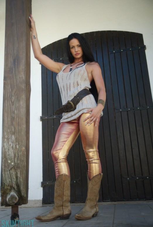 Tori W - Tori Gold Leggings - Skin Tight Glamour
