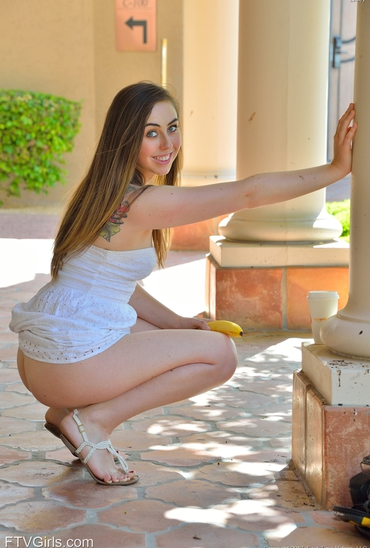 Lacey - Penetration And Vibration - FTV Girls
