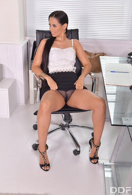 Andreina De Luxe - Back Office Back Door Penetration