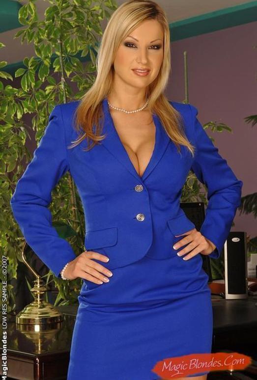 Carol Goldnerova - Magic Blondes