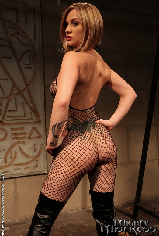 Katy Parker & Steffie Lesbian Slave - Mighty Mistress