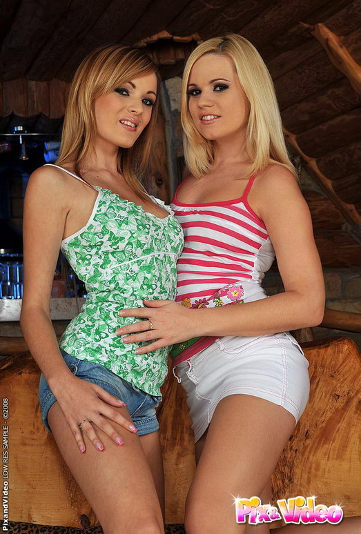 Lesbian Action with Cherie & Bianca Golden