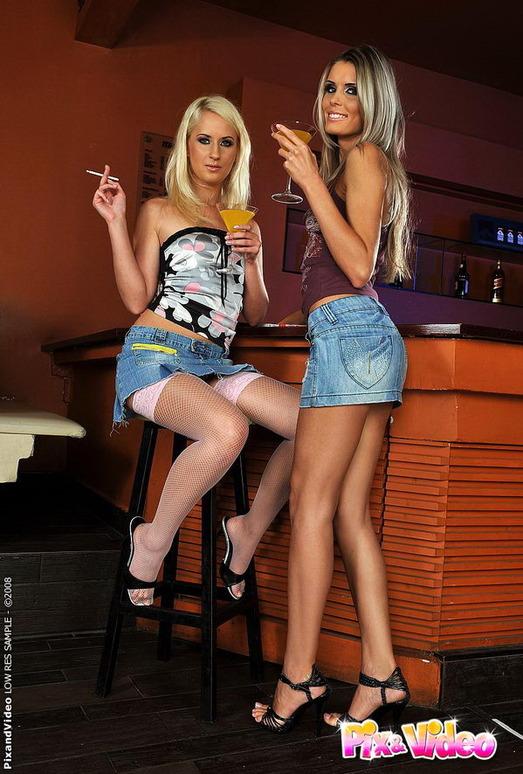 Dirty Lesbians Dominique & Blond Ca