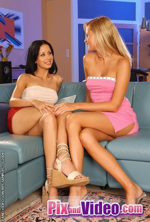 Lesbian Sex with Sophie Paris & Cindi