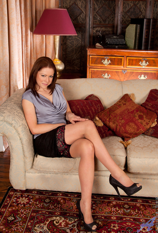 Miah Croft - Legs Spread Wide