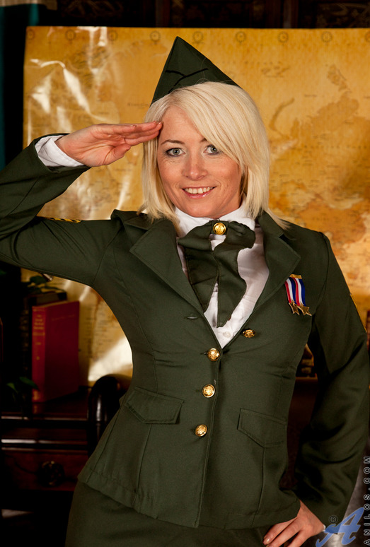 Amber Jewell - Ready For Duty