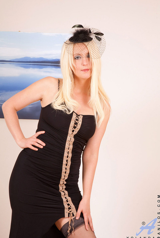 Yolanda - Black Dress - Anilos