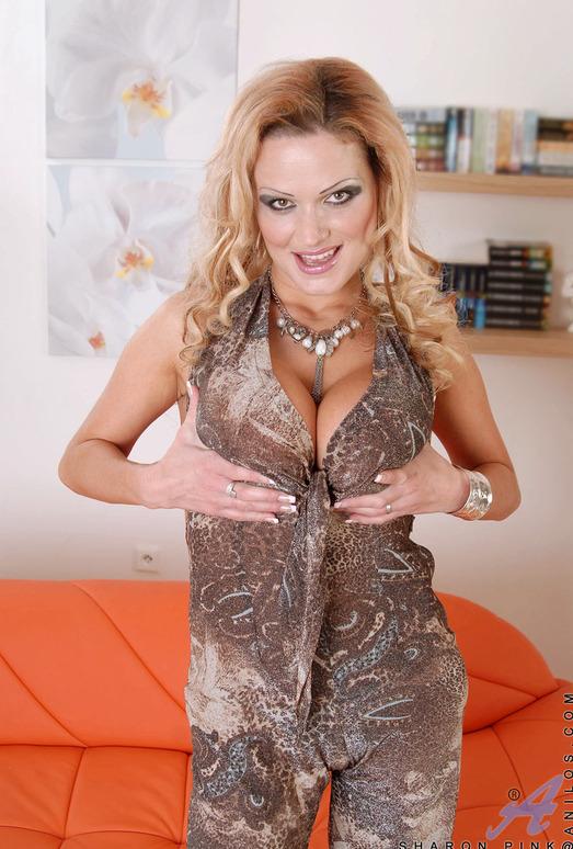 Sharon Pink - Massive Tits