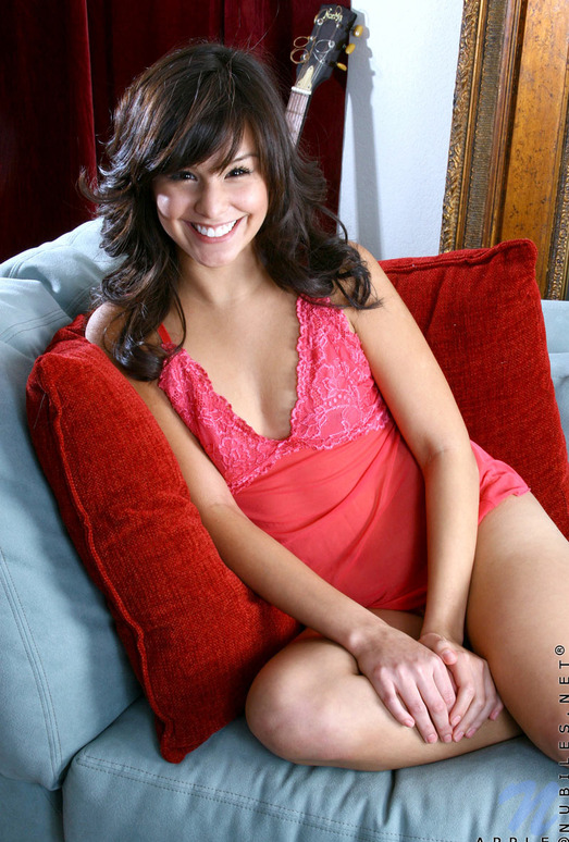 Apple - Nubiles - Teen Solo