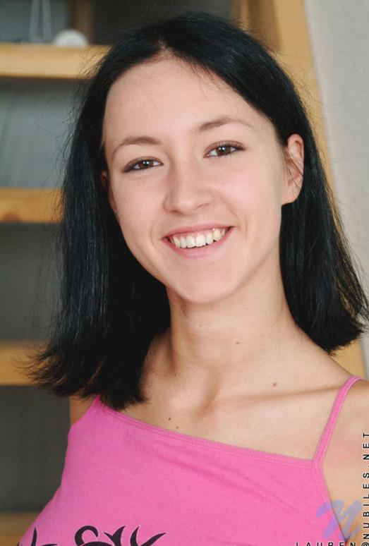 Lauren - Nubiles - Teen Solo