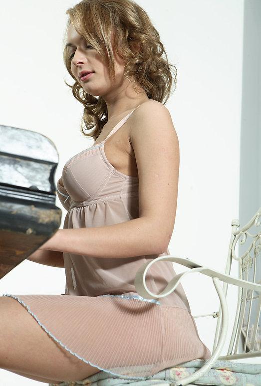 Russian Big Tits Model Malena Stolidy