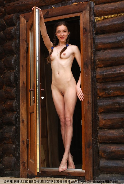 Lodge - Lorena - Femjoy