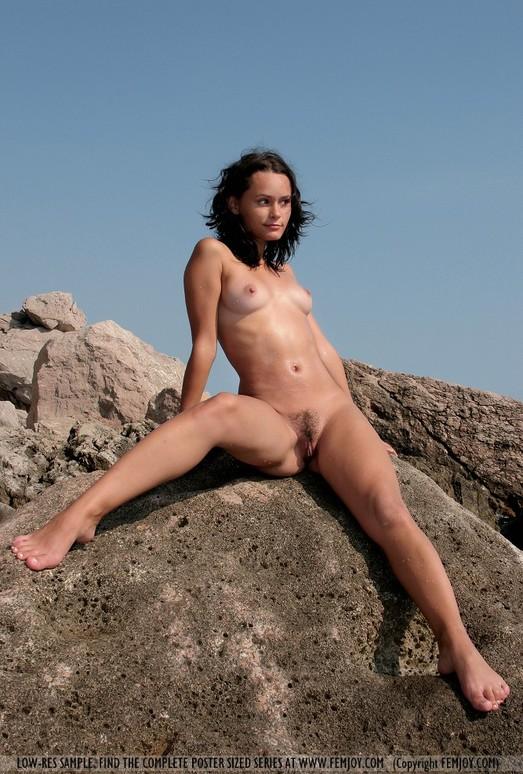 Perl - Olivia - Femjoy