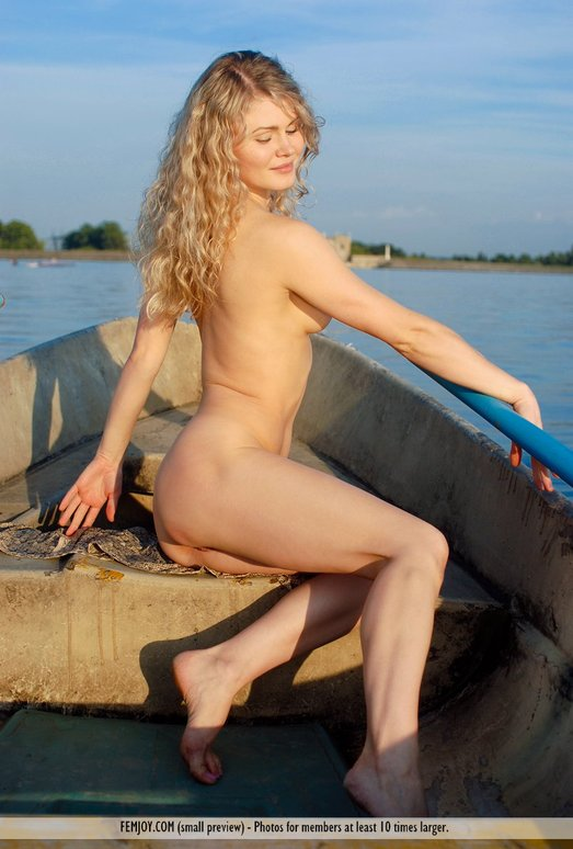 Row The Boat - Joana - Femjoy