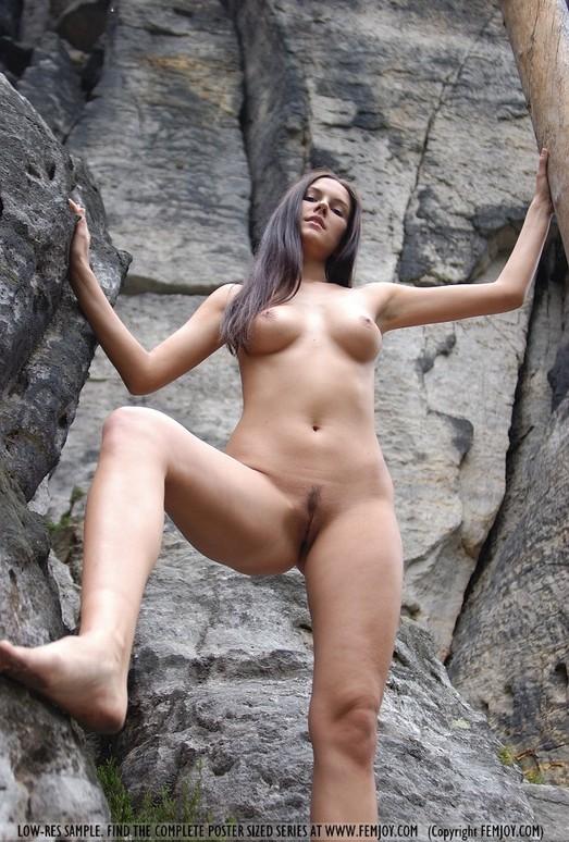 Rocks - Danielle - Femjoy