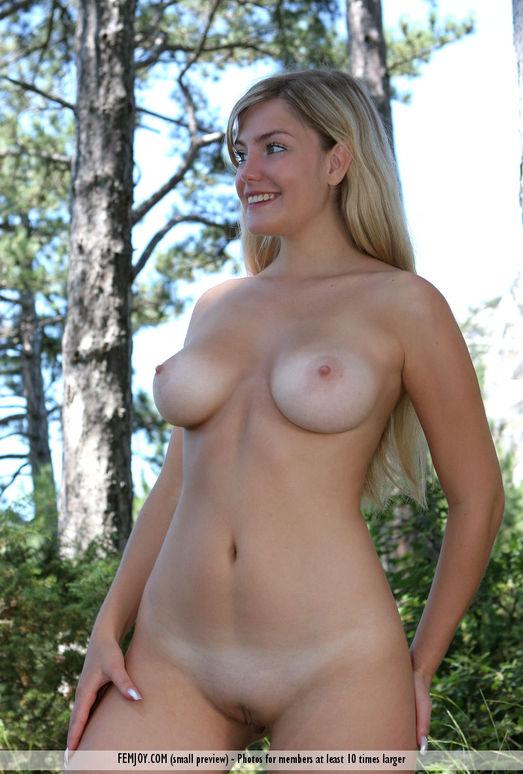 In The Woods - Marta - Femjoy