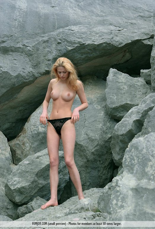 Cold Mountain - Aida - Femjoy