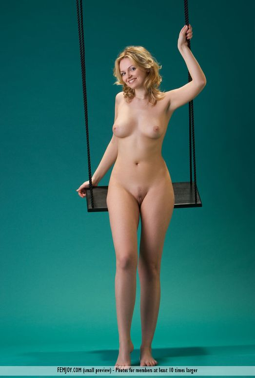 Swing - Michaela - Femjoy