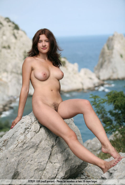 On The Rocks - Ornella